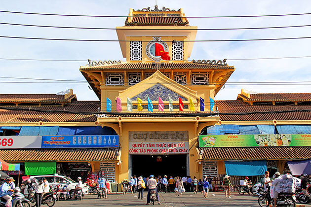Binh Tay Market in Day Tour in Ho Chi Minh City