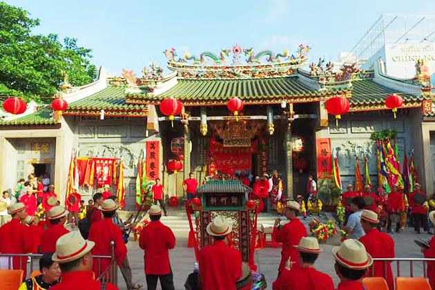 Festival in Thien Hau Temple