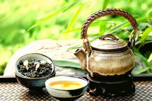 Enjoy Traditional Tea in Saigon Tour