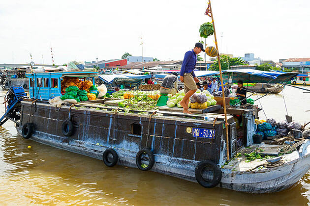 Cai Rang Floating Market in Mekong Delta