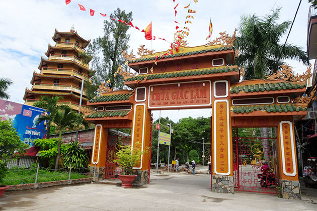 Giac Lam pagoda Must Visit place in Saigon