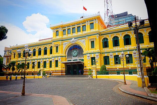 Saigon Central Post Office District 1