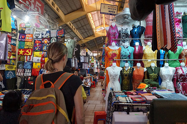 Local Market in Ho Chi Minh City Tour
