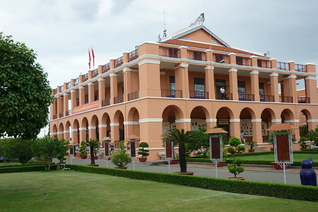 Nha Rong Wharf Ho Chi Minh Museum