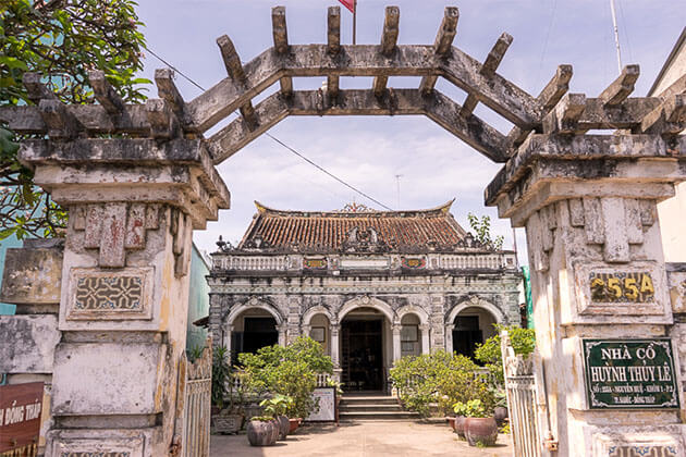 Old House of Huynh Thuy Le South Vietnam Tour
