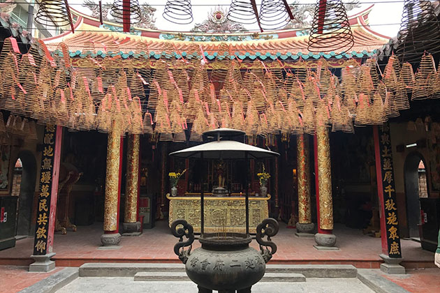 Ong Bon Pagoda In Ho Chi Minh City Tour from cruise port