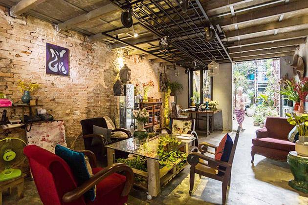 Padma De Fleur Saigon Coffee Shop