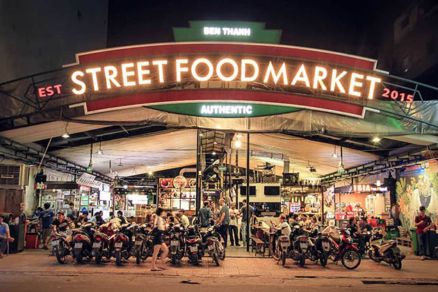 Try Saigon Street Food