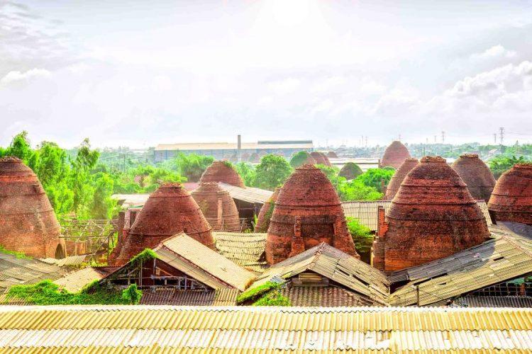 vinh long in mekong delta vietnam