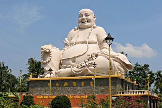 vinh trang pagoda day trips from ho chi minh