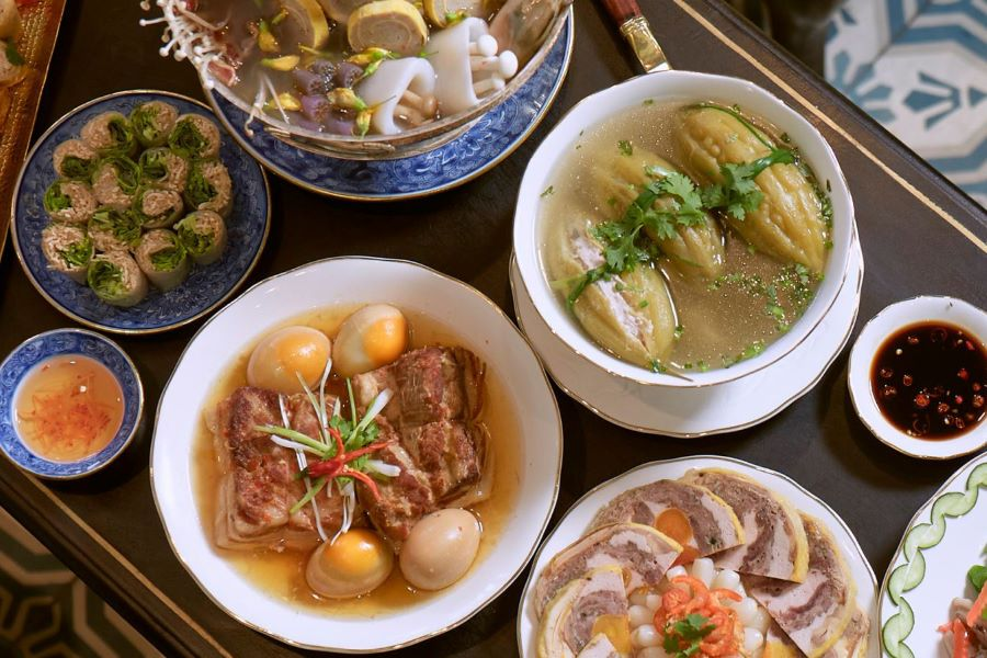 year-end meals vietnamese lunar new year
